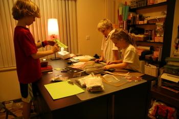 Kids_creating